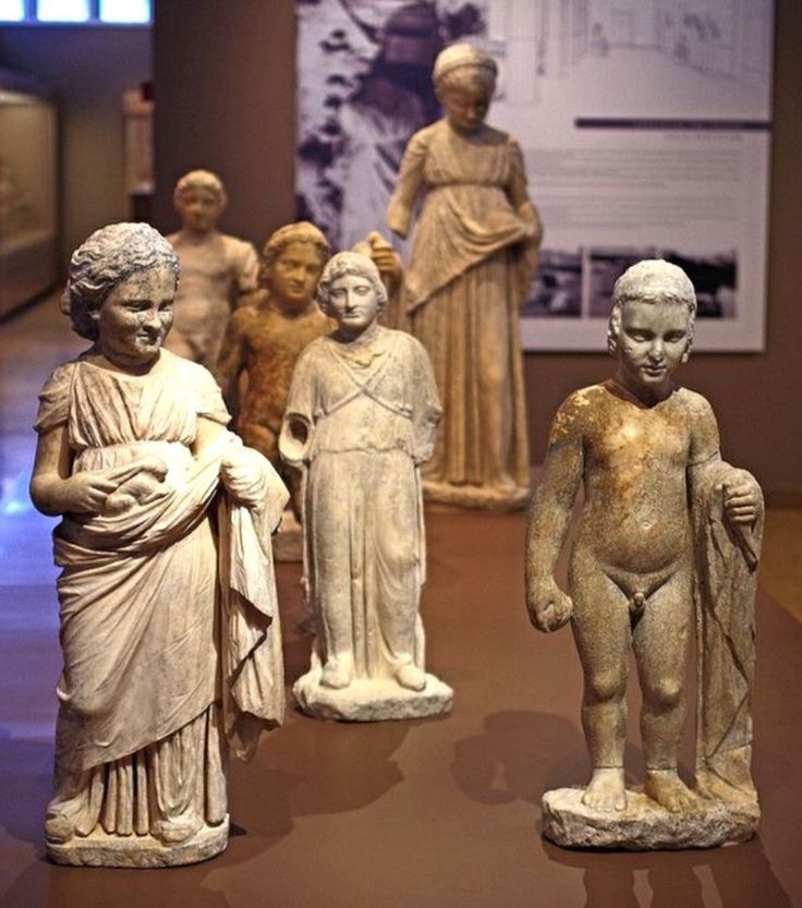 Statues of children in the Archaeological Musem of Brauron.