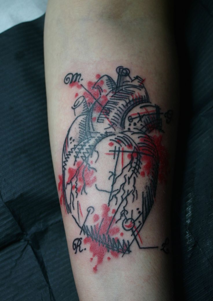 Wonderland.ink tattoo studio Bologna tatuaggi trucco piercing
