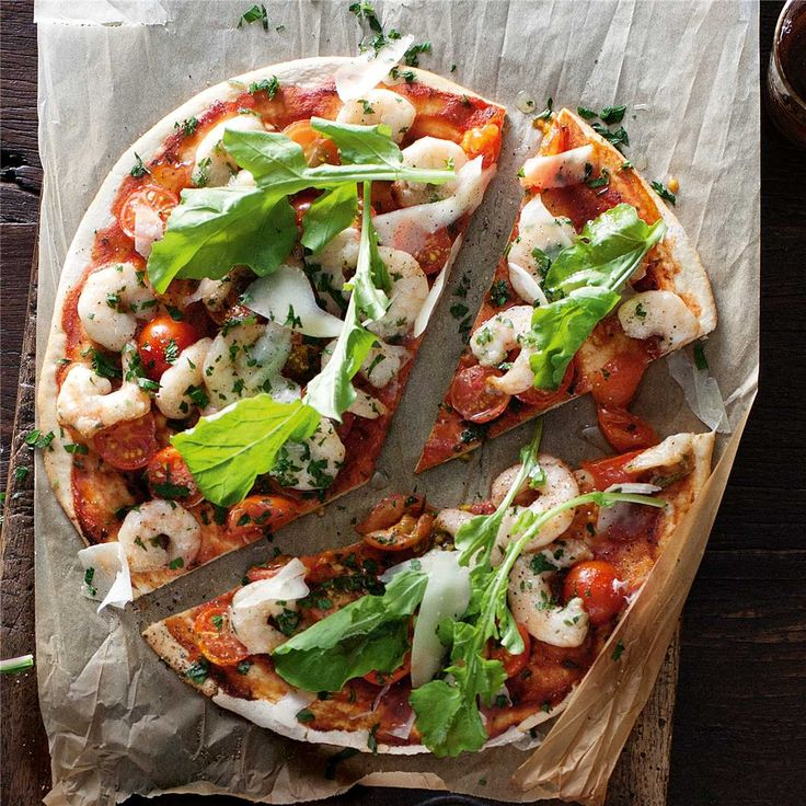 Garlic & prawn pizza. Add mushroom onion rocket