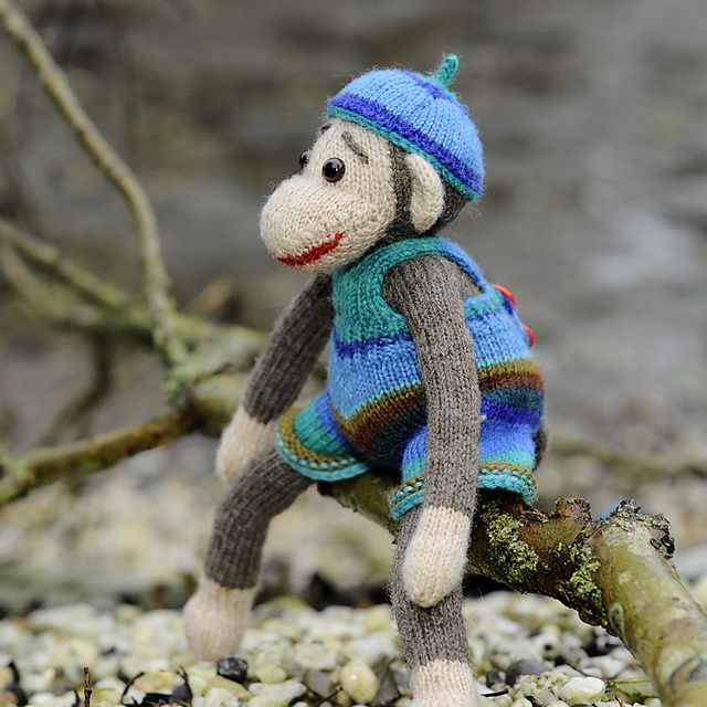 Knitting Small Animals : Images about knitting animals monkeys on pinterest