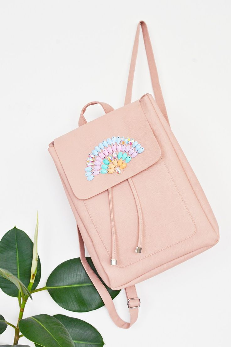 Make your own pastel crystal backpack with a few easy steps. No one will come to know it was a DIY!