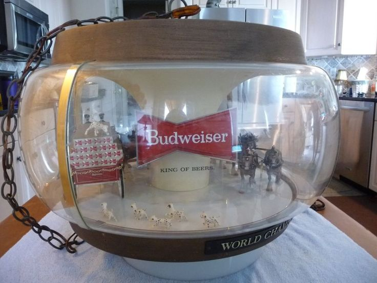Vintage BUDWEISER Clydesdale Carousel Light Up Spinning Beer Sign ...