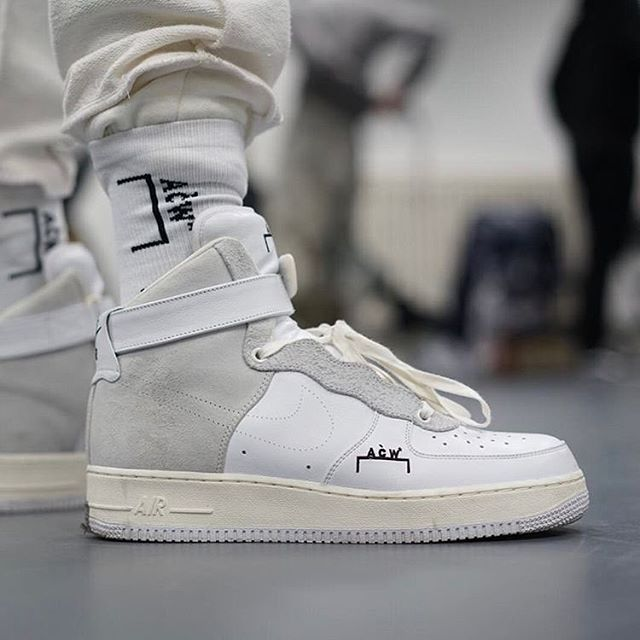 @acoldwall's bespoke custom @nikelab experiment for the brand's first runway show.