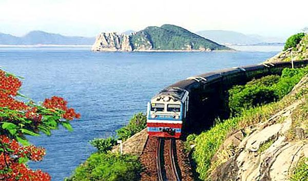 Saigon Railway to launch tours to central Vietnam  VietNamNet Bridge – Saigon Railway Company and the tourism associations of HCMC, Khanh Hoa, Binh Thuan, Binh Dinh and Phu Yen have clinched a deal to open railway tours from HCMC to the four south-central provinces.   Vietnam Tour Expert Help: www.24htour.com Halong Bay Cruises Tour  Expert Help: www.halongcruises.com.au  #24htour  #vietnamtravelnews #vietnamnews #traveltovietnam #vietnam