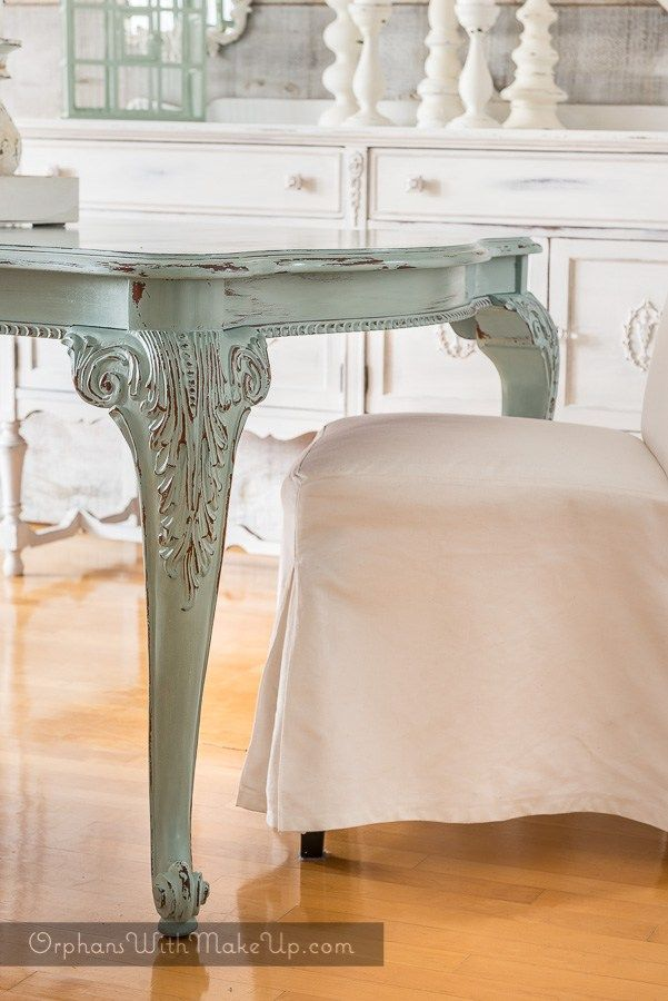Dining Table As The U0027coloru0027 Focal Point In A Dreamy, White Design Setting