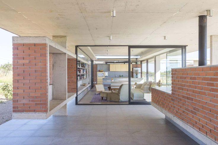 Casa Vila Rica / BLOCO Arquitetos