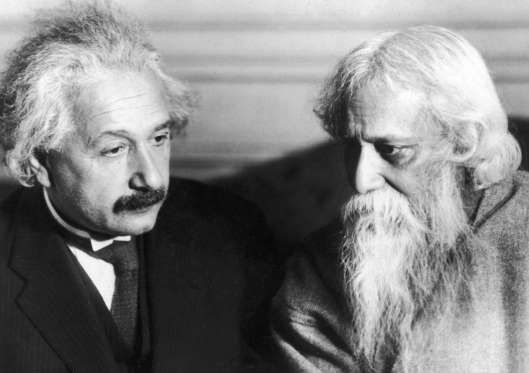 1930: Einstein meets Tagore - Martin Vos/Hulton Archive/Getty Images