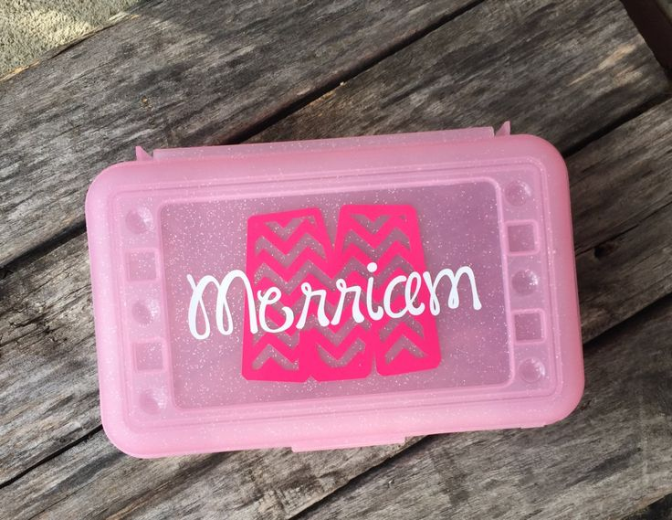 Personalized Pencil Box Free Shipping in USA by customvinylbydesign on Etsy