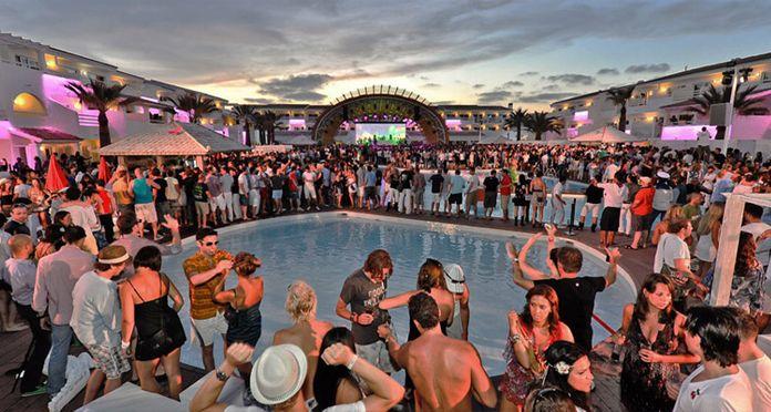 La Une News Maroc : Le rappeur 50 Cent à l'ouverture du Resort Fiesta Beach