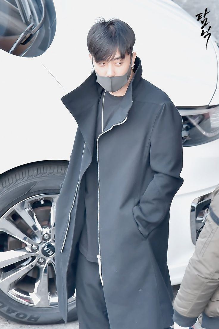 170119 Eun Jiwon (Heading to Seoul Music Awards 2017) cr:  탐닉