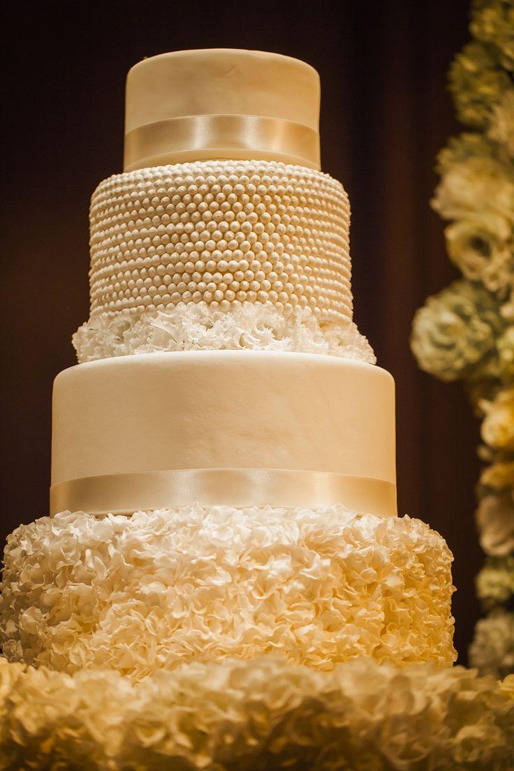 wedding Item cake#WEDDING #TRUNK #OneHeart #Cake#elegant