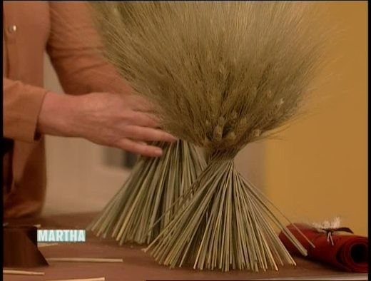 Martha Stewart shows how to easily dress up a fall table with a wheat-sheaf centerpiece.