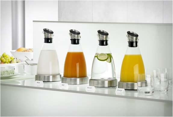Karafka chłodząca FLOW 1L (stal) - EMSA - DECO Salon. Bestseller! Very elegant cooling carafe. #design #kitchenaccessories #giftideas