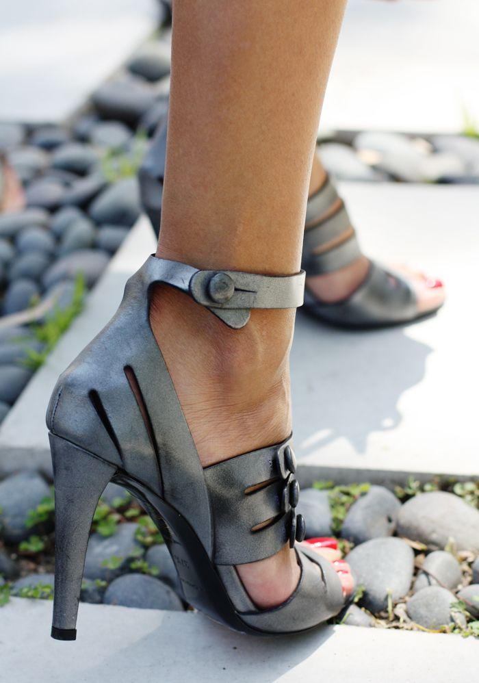 Balenciaga / #shoes #grey #footwear