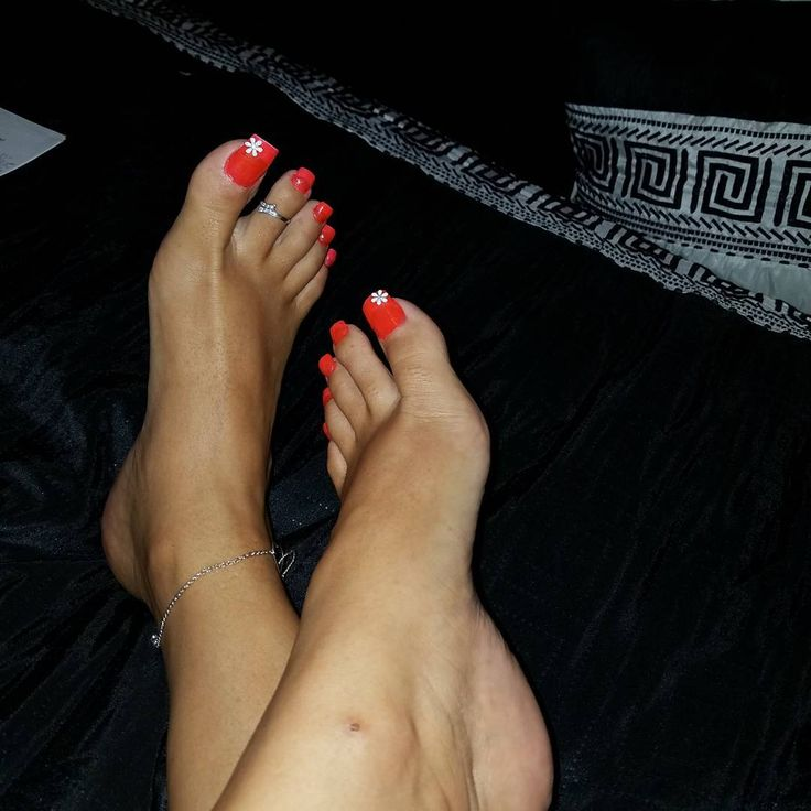 See this Instagram photo by her_pretty_feet • 30 likes