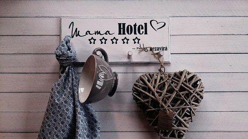 Věšák Mama hotel...různé barvy