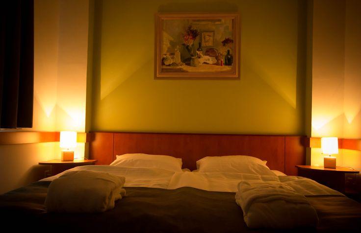Kétágyas szobánk