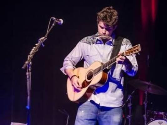 John Mayer - John Mayer returns to the stage.
