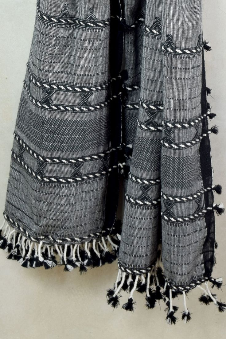 Grey Handwoven Woolen Shawl