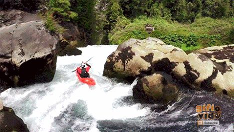 Taming the Puma - Kayaking Chile's 115-ft Puma Falls