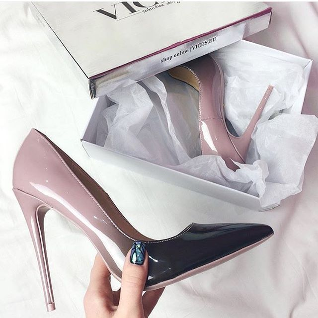 😘😘😍@wmmadeline #vices #vicestag #vicesshoes #vicesgirl #heels #ombre #classy #chic #sexy #polishgirl #polishblogger #fashionista #fallinlove #repost #withlove