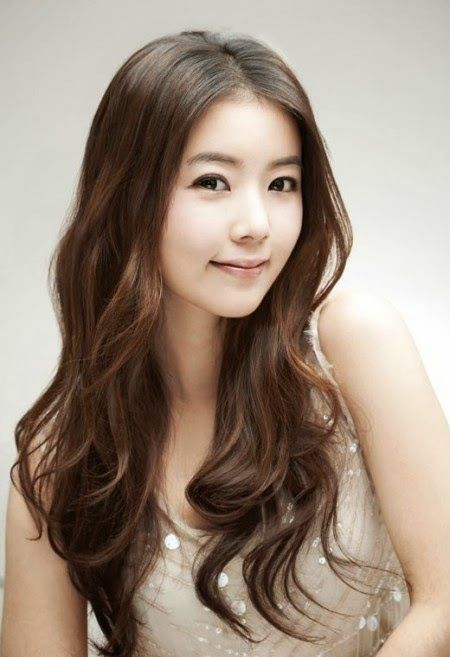 Soft and Flowing - nice The Best 2014 Korean Hairstyles for Women - http://lateststyletrends.com/?p=566 -  #2014 #Hairstyles #Korean #korean actress hairstyle 2014 #Korean Hairstyles #Korean Hairstyles for Women #The Best #Women