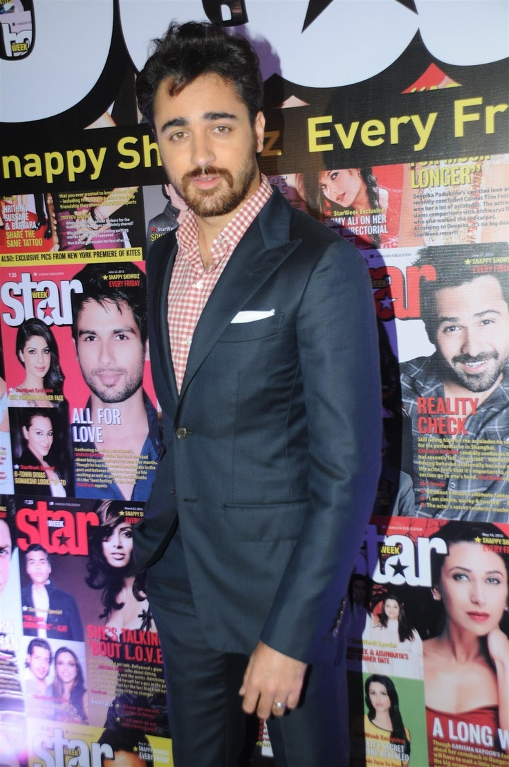 Imran Khan and Sonam Kapoor at The Launch of Star Week Magazine. | Bollywood Cleavage