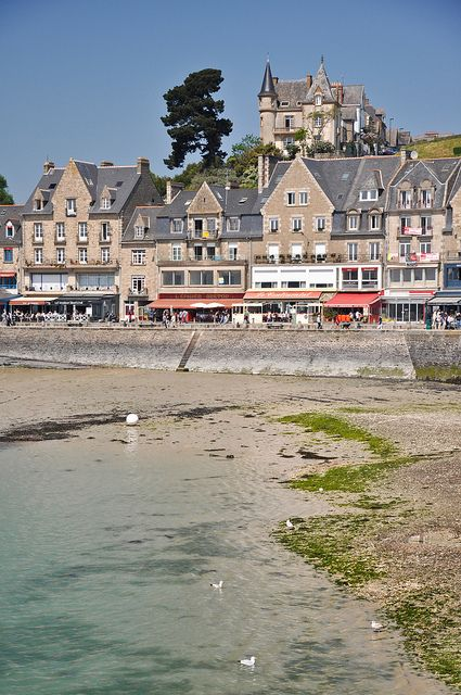 Cancale port and its restaurants, Ille-et-Vilaine, Brittany, France