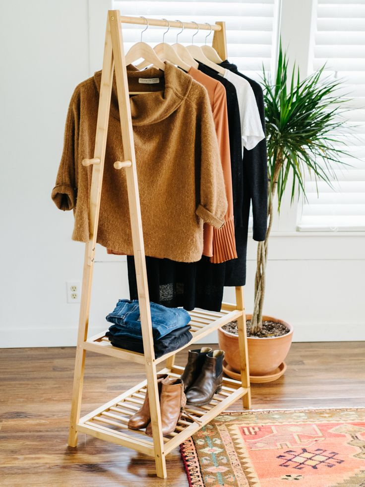 winter remix: 10 pieces, 10 outfits, 10 days