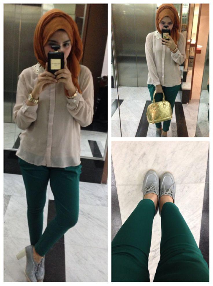 Celana panjang sepatu semi boots untuk hijab fashion casual tetap gaya dengan hijab