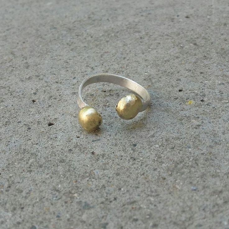 #handmadering #silver925 #bronzeballs #minimaljewelery #madeinGreece