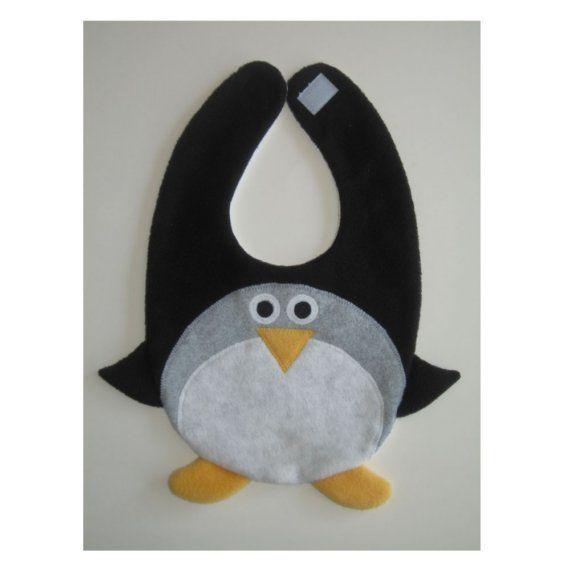 bavaglino pinguiono. Pronto per l'antartico. Tante altre idee cool per le mamme sul sito mammabanana.com