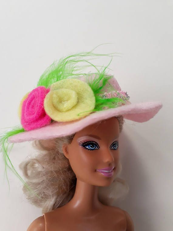 Pink felt hat decorated with roses for Barbie. OOAK hand made decorated with hand made felt roses. Barbie accessories.