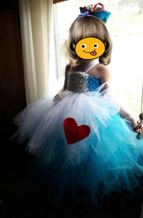 Questo vestito carino che noi perfetta per la ragazza di compleanno o semplicemente da indossare