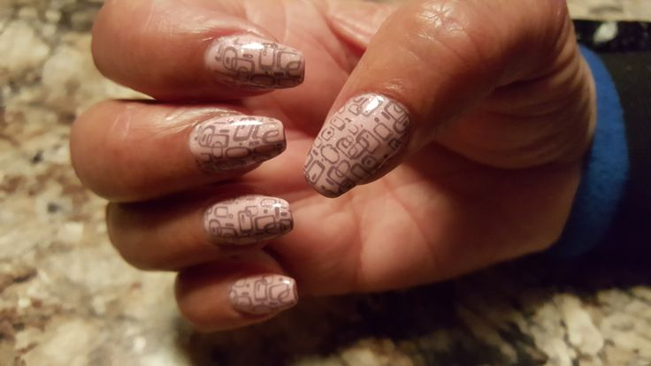 Gel nails Ballerina style, CND - Frarant Freesia on top of Kiss's Pink color, Young Nails art screens Off The Grid, Profusion Gargoyle Polish.