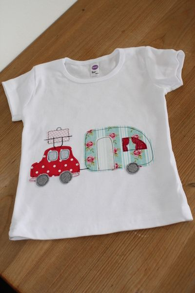 T-Shirts - Sommershirt 'Hippie Holiday' - ein Designerstück von milla-louise bei DaWanda