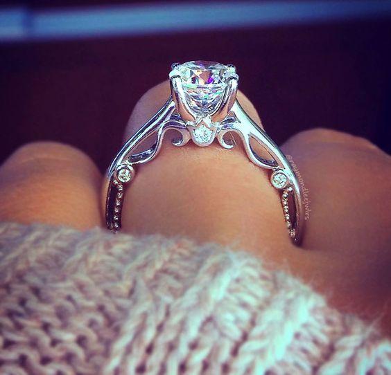 Verragio INSIGNIA-7075R 0.08ctw Diamond Engagement Ring Setting