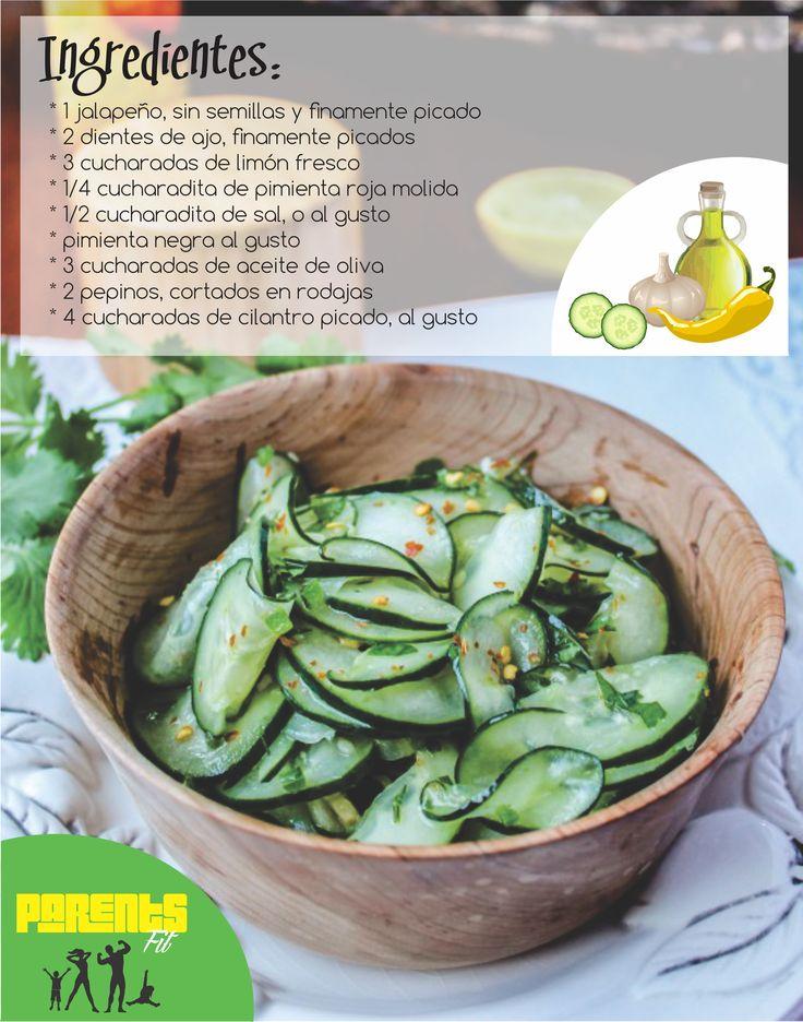Mezcla muy bien todos los ingredientes en un tazón mediano. Fácil, fresco y saludable!