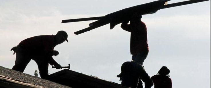 Devis toiture : astuces pour calculer un devis de toiture : http://www.maisonentravaux.fr/couts-travaux/devis-toiture-astuces-calculer-devis-toiture/