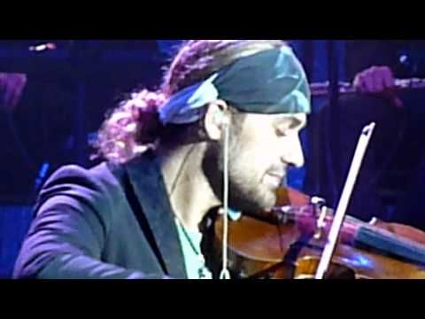 what a gorgeous Sunday treat for the senses >> 'Claire de Lune'  masterfully played by; David Garrett / Open-Air in Dresden