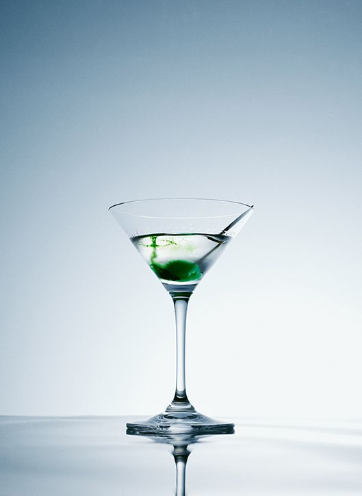 Anne Törnroos/ Stylist Still life photography, saturated, green, martini, LEON magazine, photo: Staffan Sundström