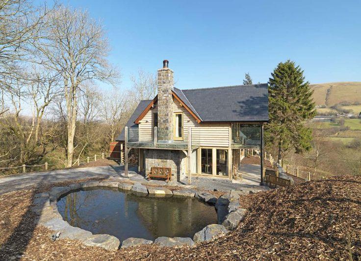 contemporary home | Welsh Oak Frame #modern #oakframe #oak #greenoak #welshoakframe #house #home #goals #views #wood #wooden