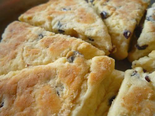 Girdle Scones - a Rustic Scottish Scone ...  150g flour , 2 tspn baking powder ,1 tbspn butter, 75g sultanas, pinch salt, 100 ml milk