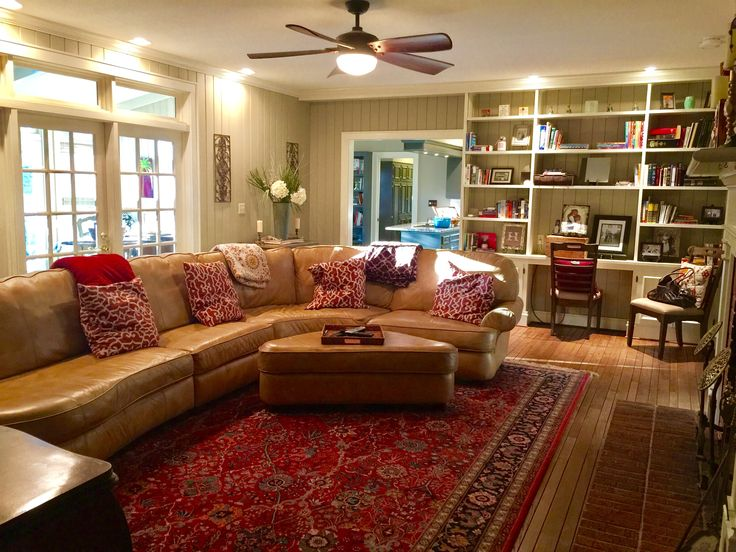 My farmhouse funky  - Family Room - Benjamin Moore Berkshire Beige - Bookshelves - Built In Bookshelves - Imperfectly Perfect Mix and Match Cozy Rustic - My Fixer Upper