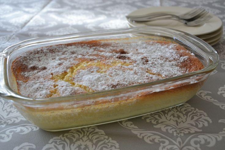 Laatst heb ik voor eenhigh tea lemon curd gemaakt. Het was te veel,dus alles wat over was heb ik zelf opgegeten (met scones, brood, cake, koekjes..) Waarom? Omdat het zoooo lekker is! Toen ik dit toetje tegenkwam wist ik dat dit ook lekker MOEST zijn! Dit is een combinatie van citroencake met lemoncurd. De onderkant... LEES MEER...