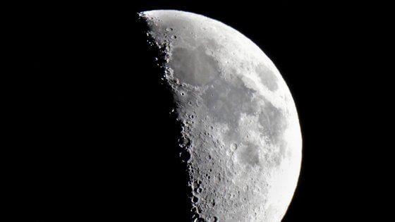 Arriva la 'Luna del raccolto': la notte rosa dell'eclissi - Repubblica.it