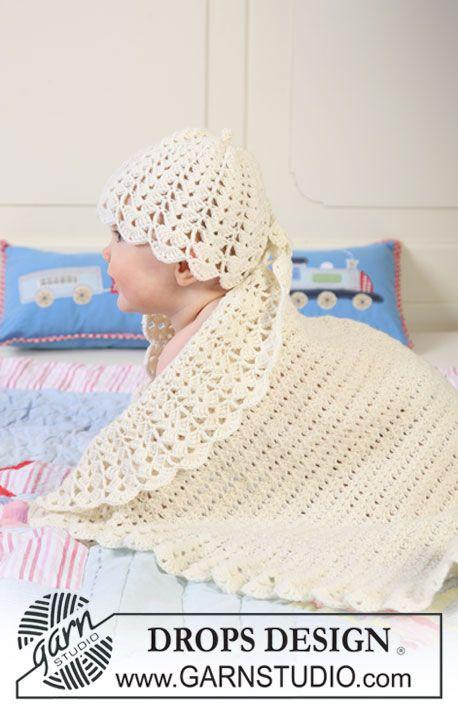 """Crochet DROPS blanket with wide pattern in fan pattern and hat in """"Baby Merino"""". ~ DROPS Design"""