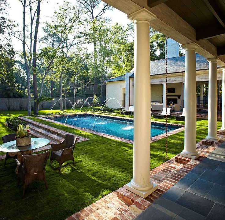 Pool with little retaining wall and steps
