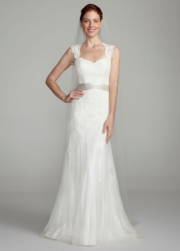 50 best images about wedding dress ideas on pinterest for Wedding dress with keyhole back