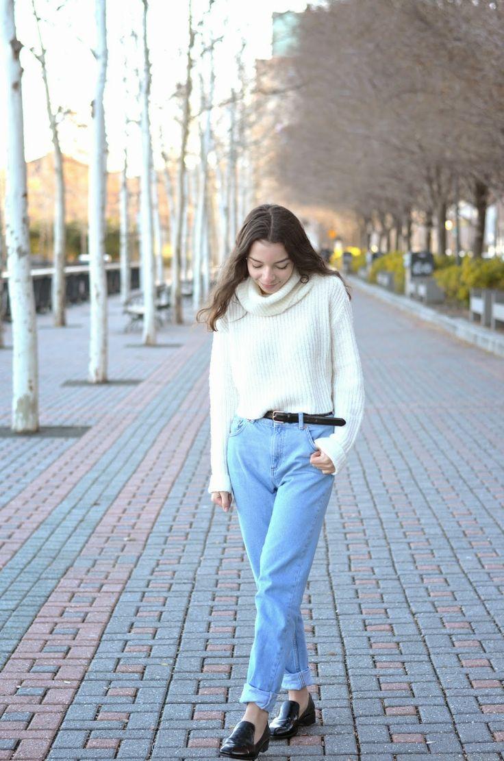 Turtlenecks&mom jeans